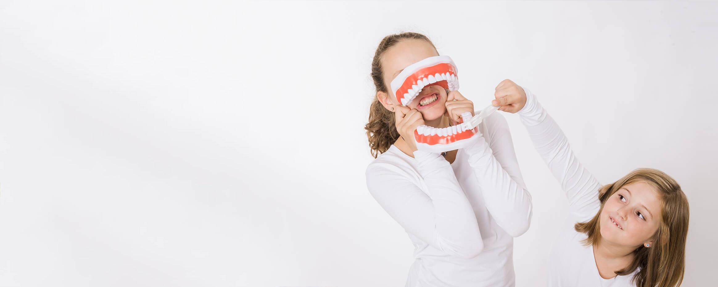 Zahngesundheit ist bei uns Familienangelegenheit!